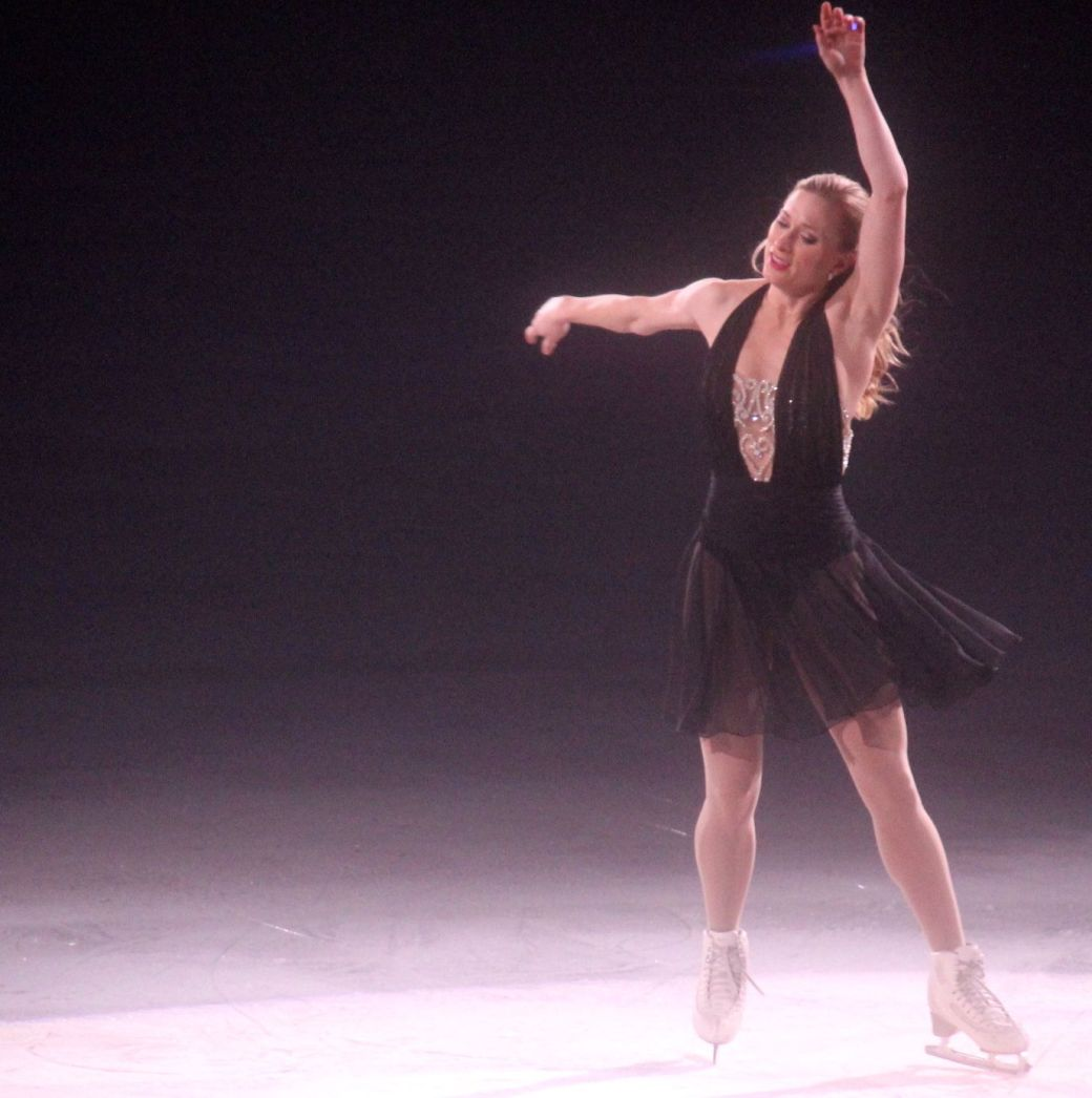 providence dunkin donuts center stars on ice march 14 joannie rochette 10