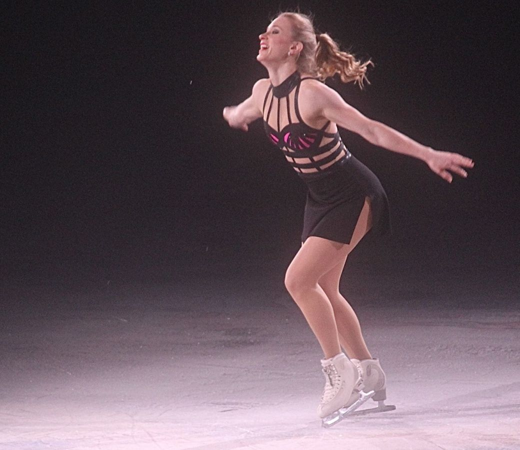providence dunkin donuts center stars on ice march 14 joannie rochette 5