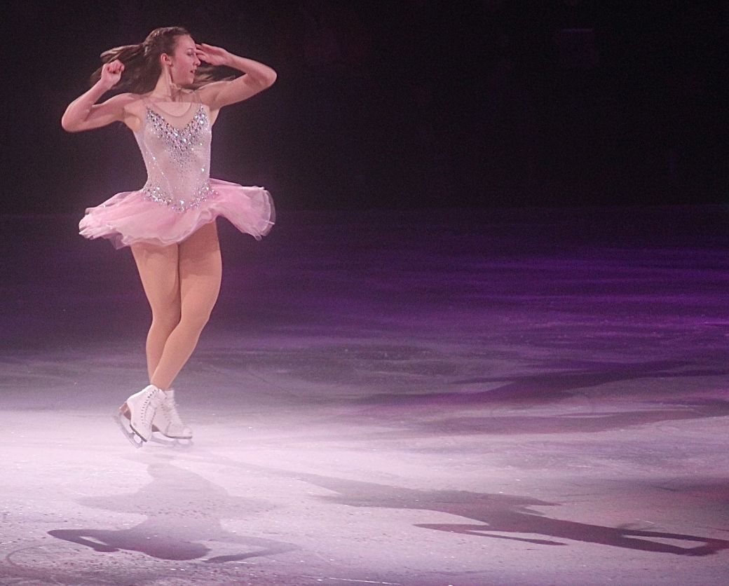 providence dunkin donuts center stars on ice march 14 kimmie meissner 3