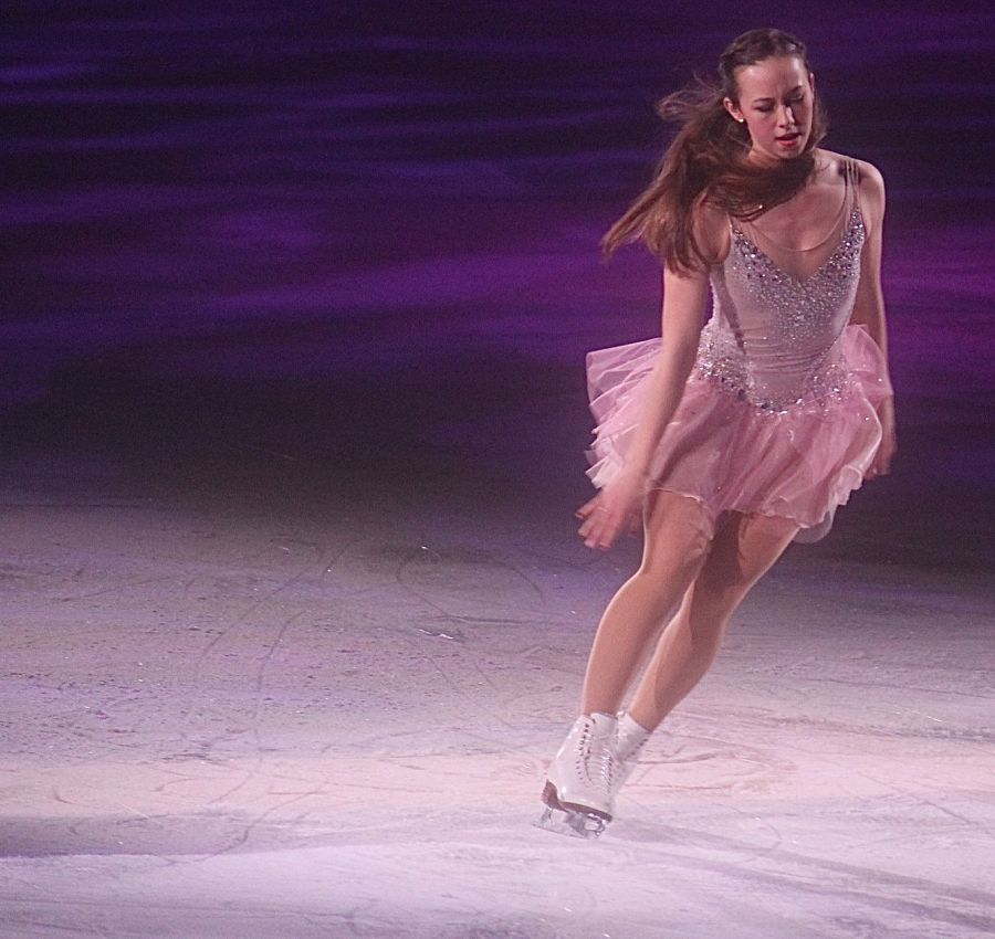 providence dunkin donuts center stars on ice march 14 kimmie meissner