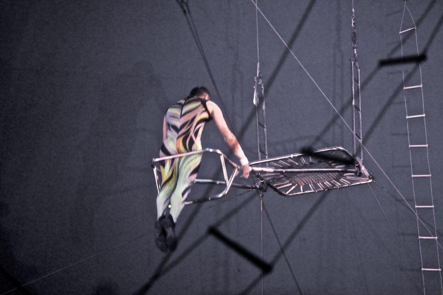 boston big apple circus performance april 29 2015 trapeze performer 3