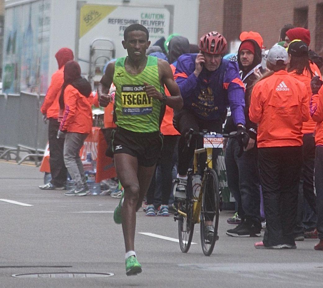 boston marathon april 20 2015 womens elite race yemane tsegay