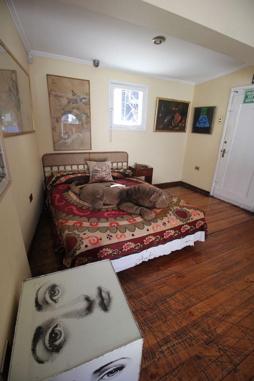 chile santiago pablo neruda house bedroom