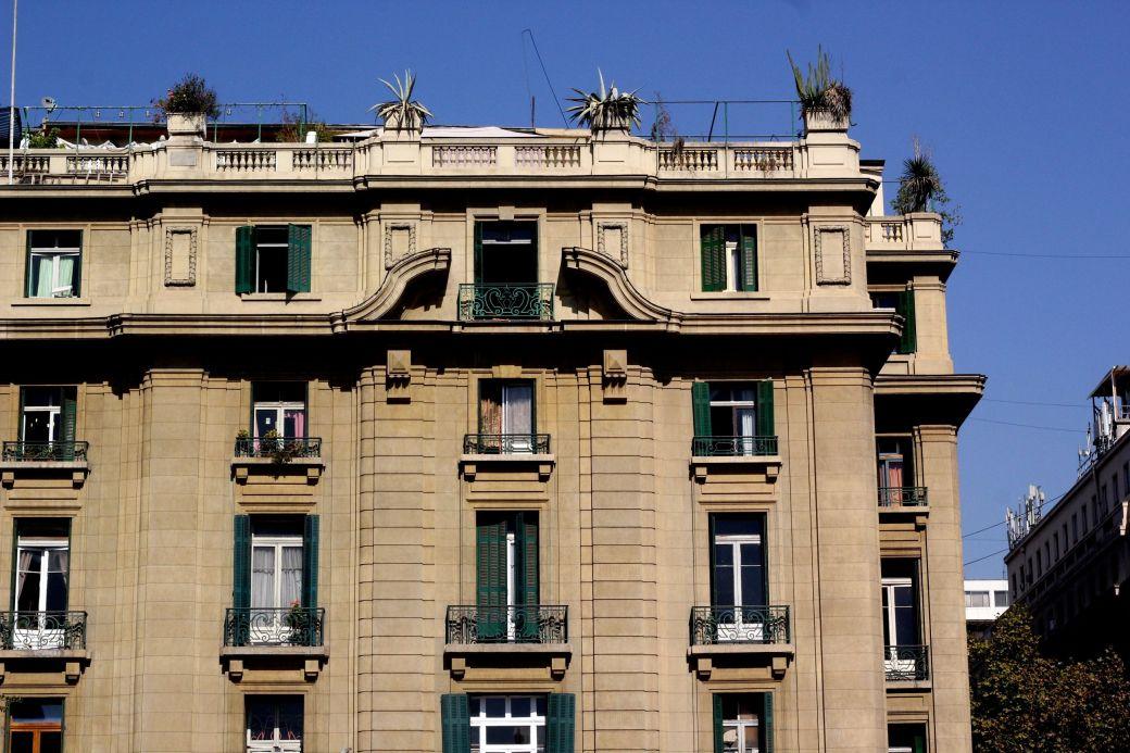 chile santiago plaza de armas apartment building