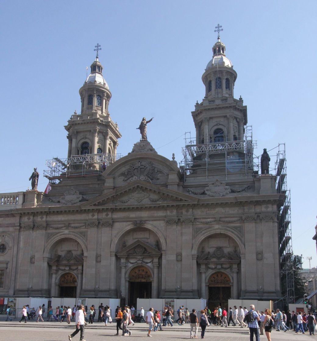 chile santiago plaza de armas cathedral