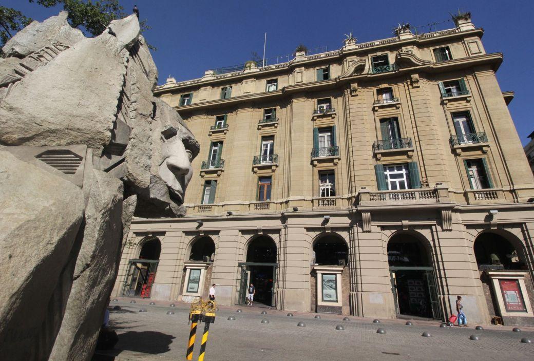 chile santiago plaza de armas face statue building
