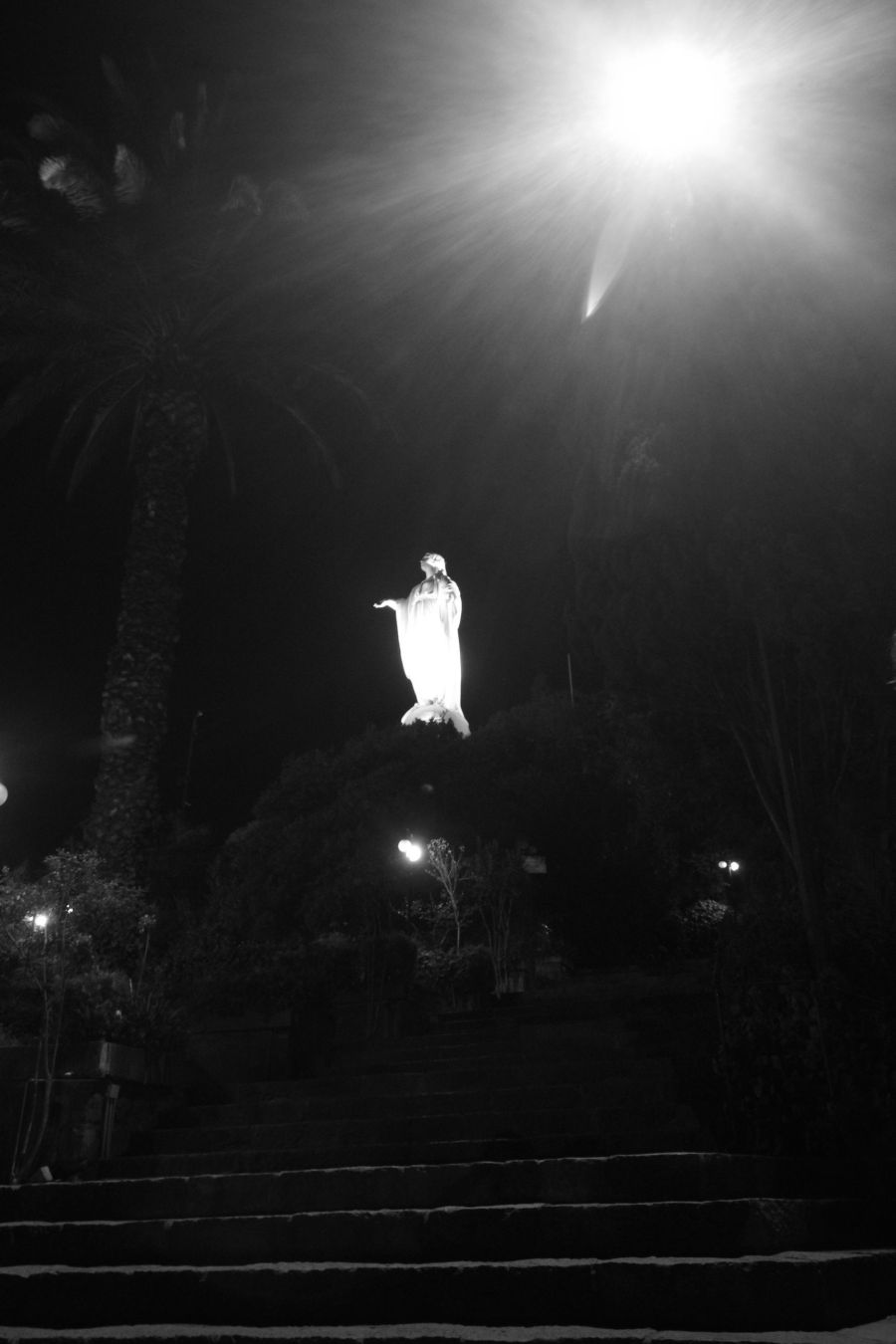 chile santiago san cristobal hill night time