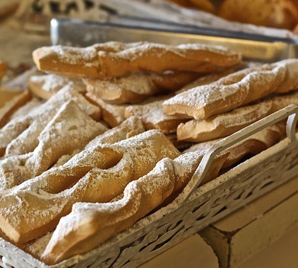 chile santiago supermarket pastry