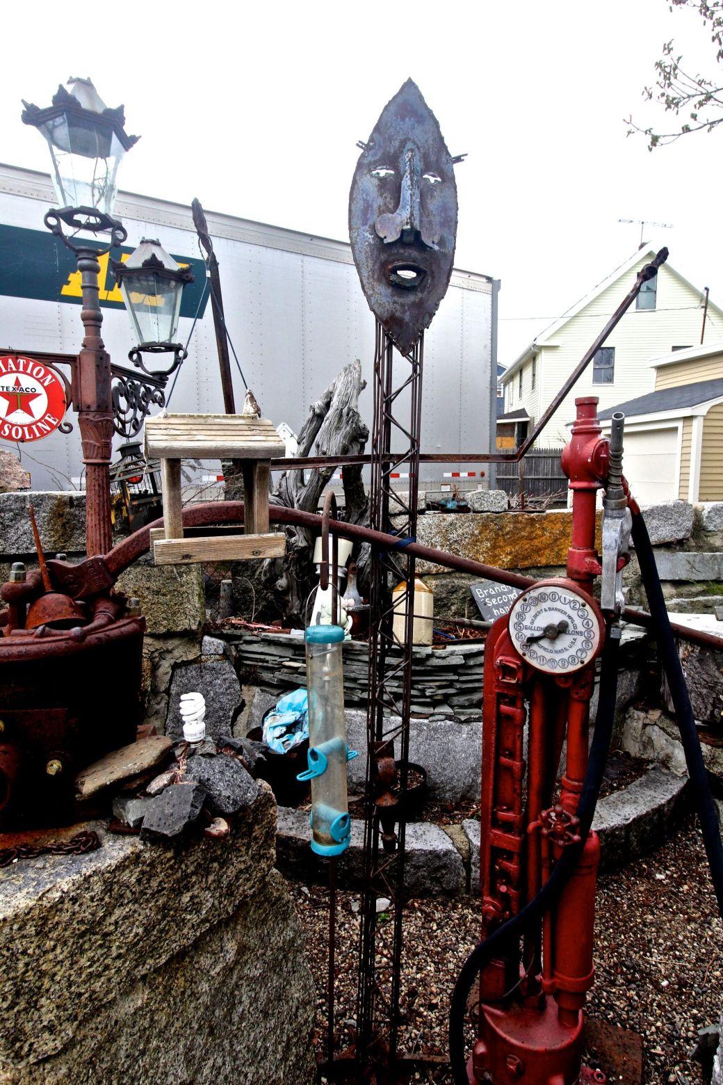 salem junk sculpture yard 2