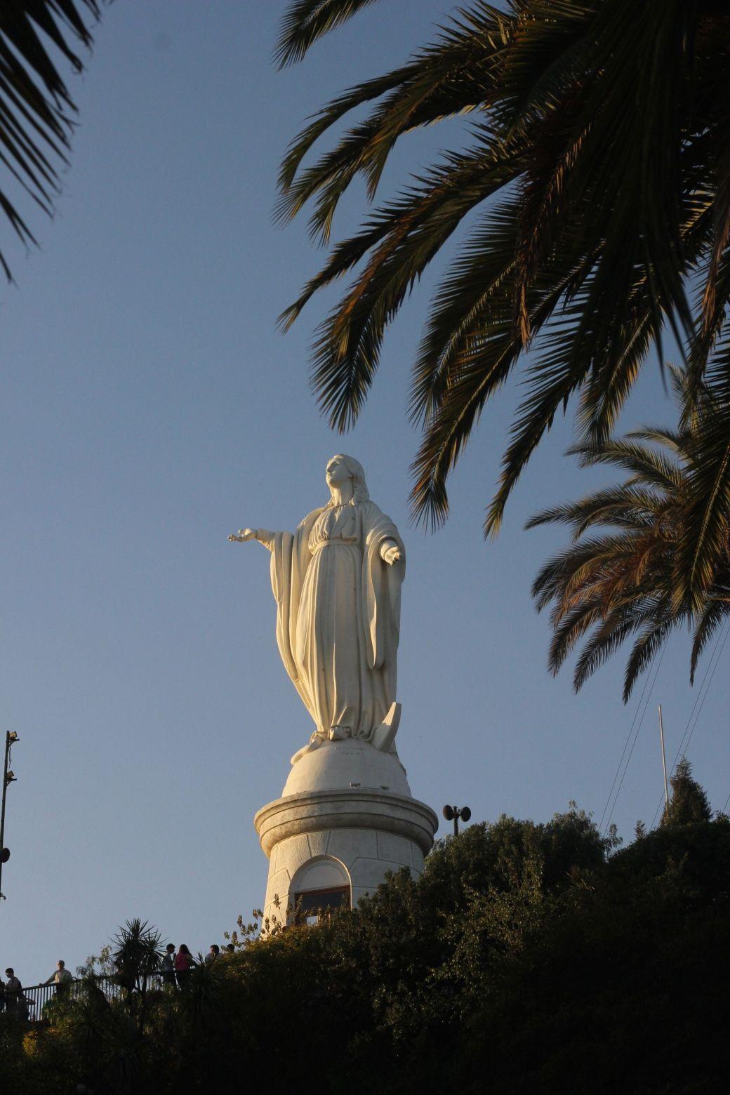santiago chile san cristobal virgin view