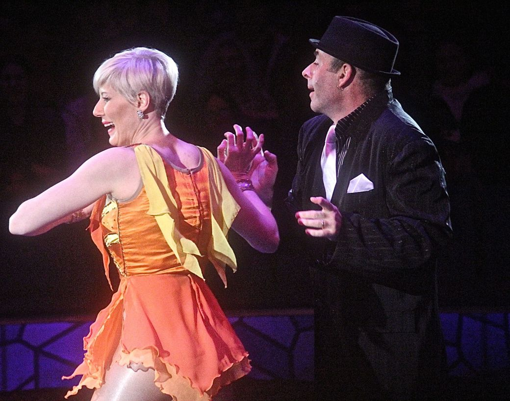boston big apple circus performance april 29 2015 dress changing trick 2