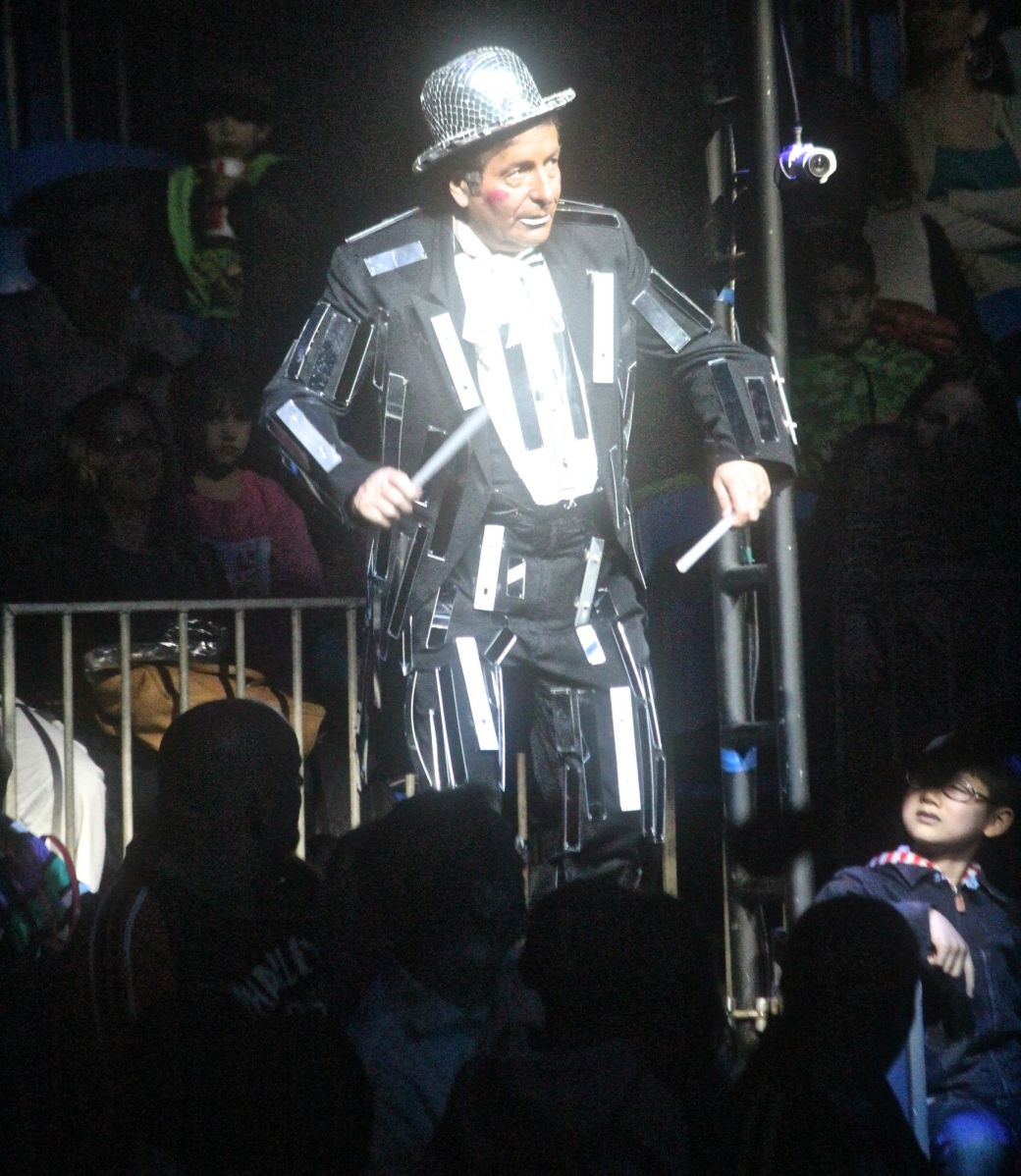 boston big apple circus performance april 29 2015 ring master 2