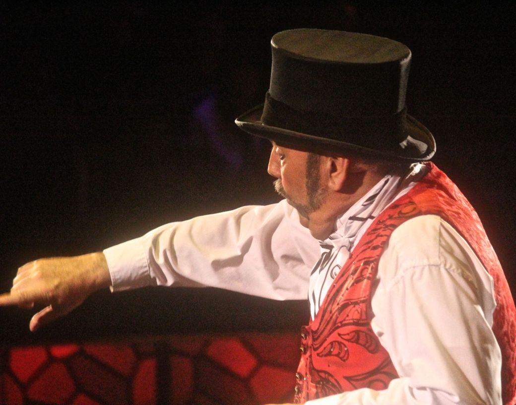 boston big apple circus performance april 29 2015 ring master