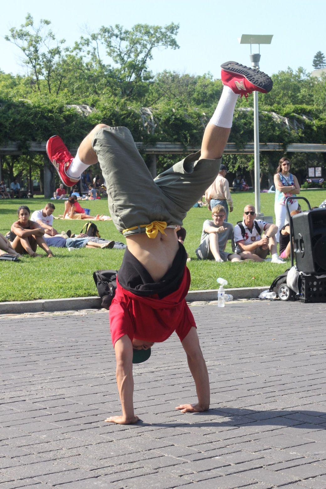 boston north end acrobats 11