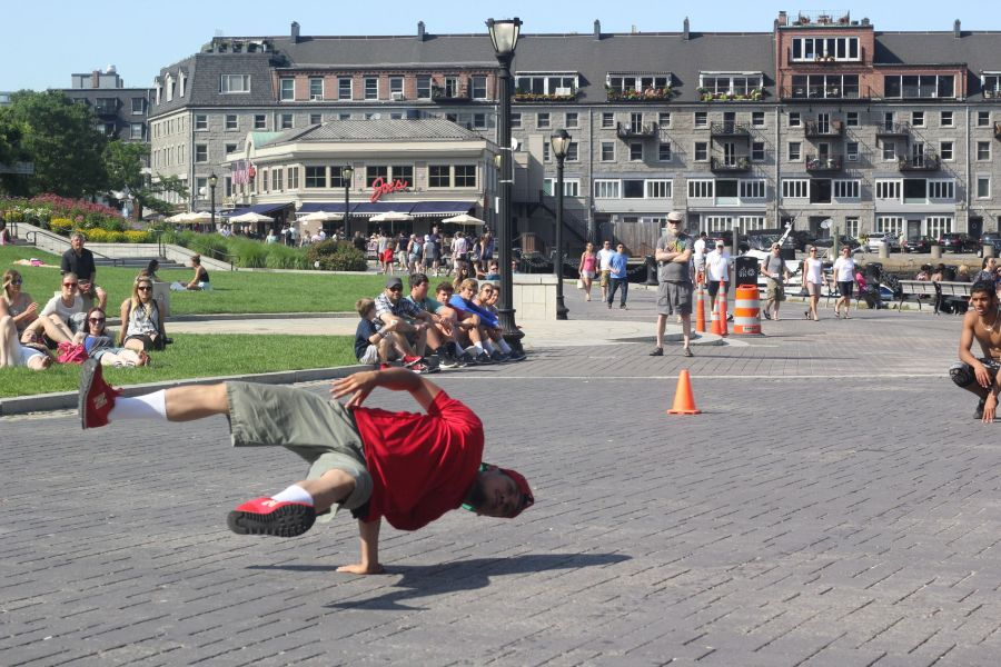 boston north end acrobats 3