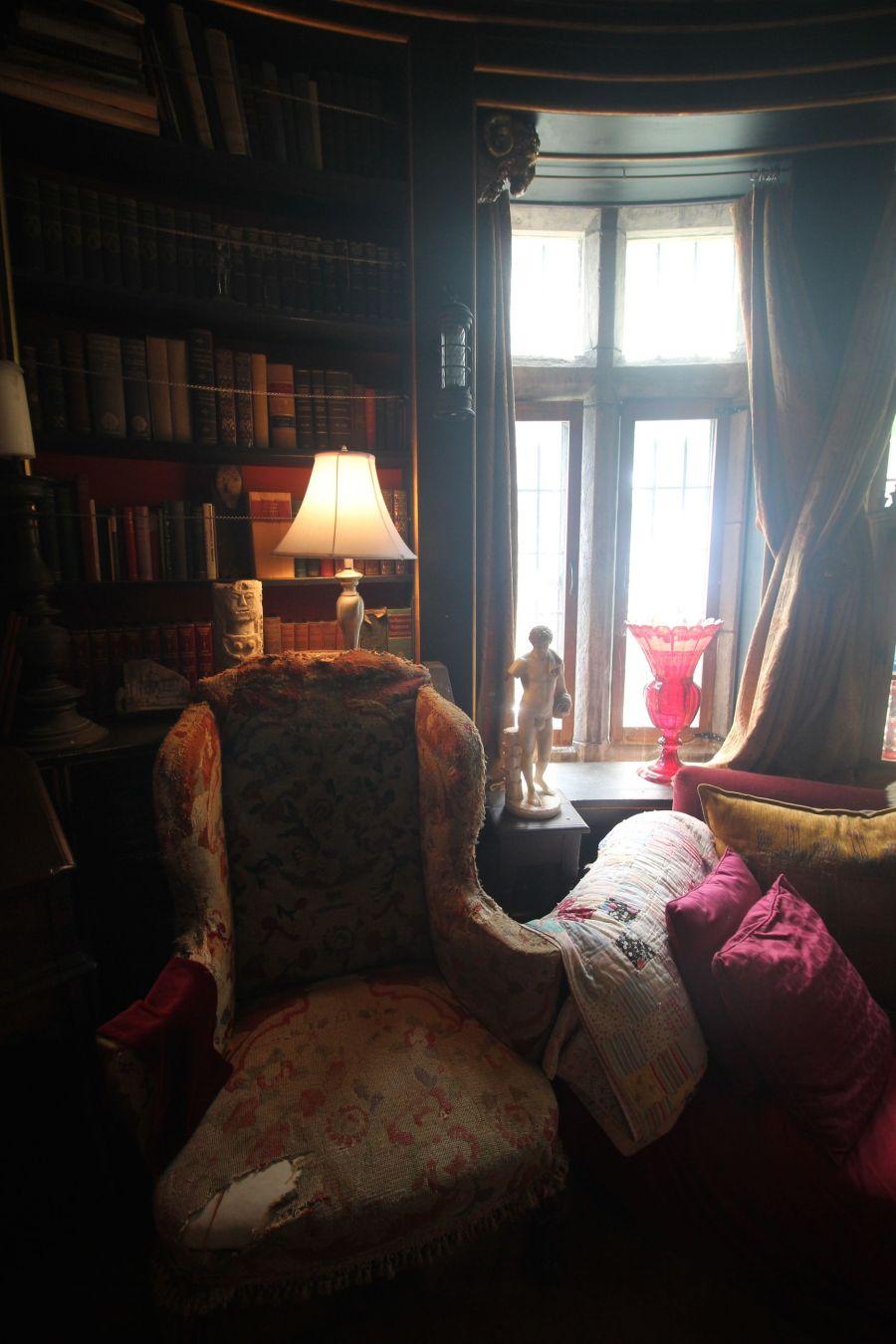 gloucester hammond castle interior circular library 3