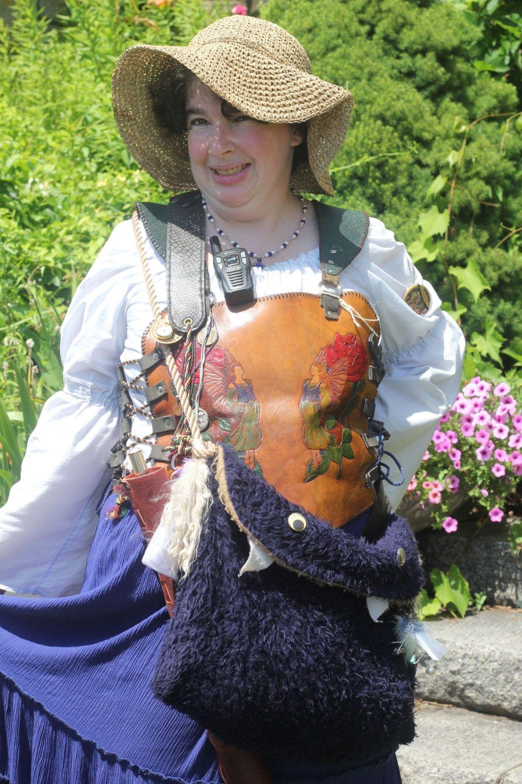 gloucester hammond castle renaissance fair woman with leather outfit