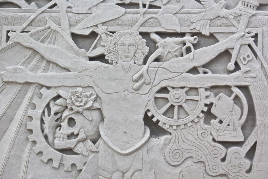 boston revere beach sand sculpture festival vetruvian man