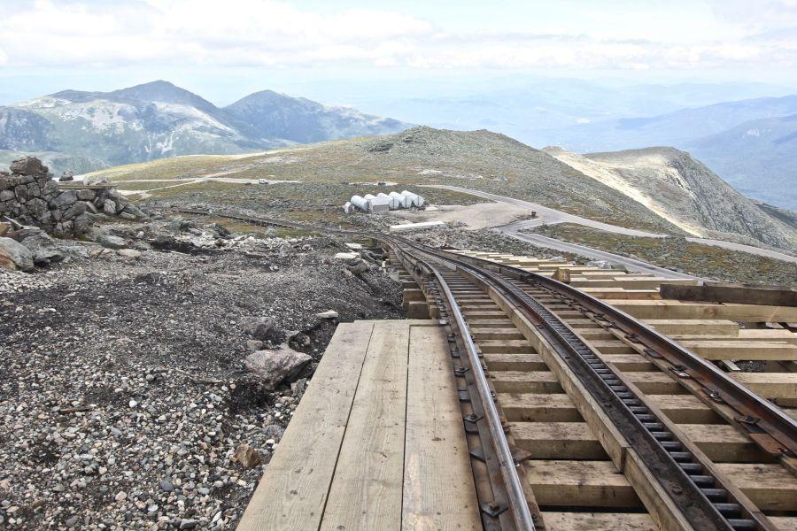 new hampshire presidential mountain range driving up mount washington 21
