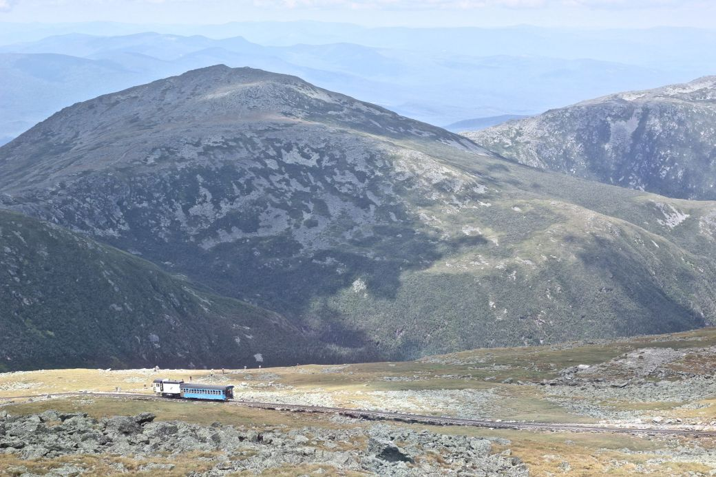 new hampshire presidential mountain range driving up mount washington 22 train