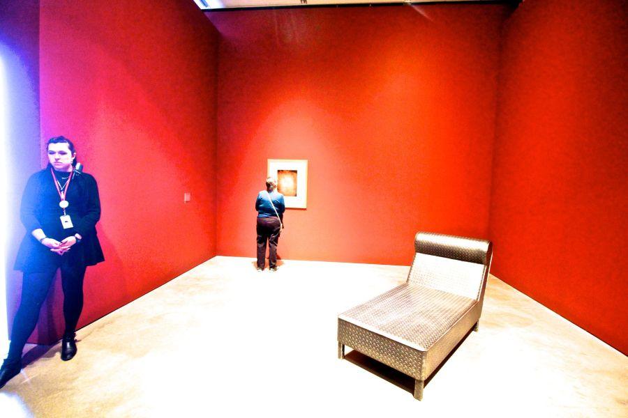 boston institute of contemporary art steel sofa