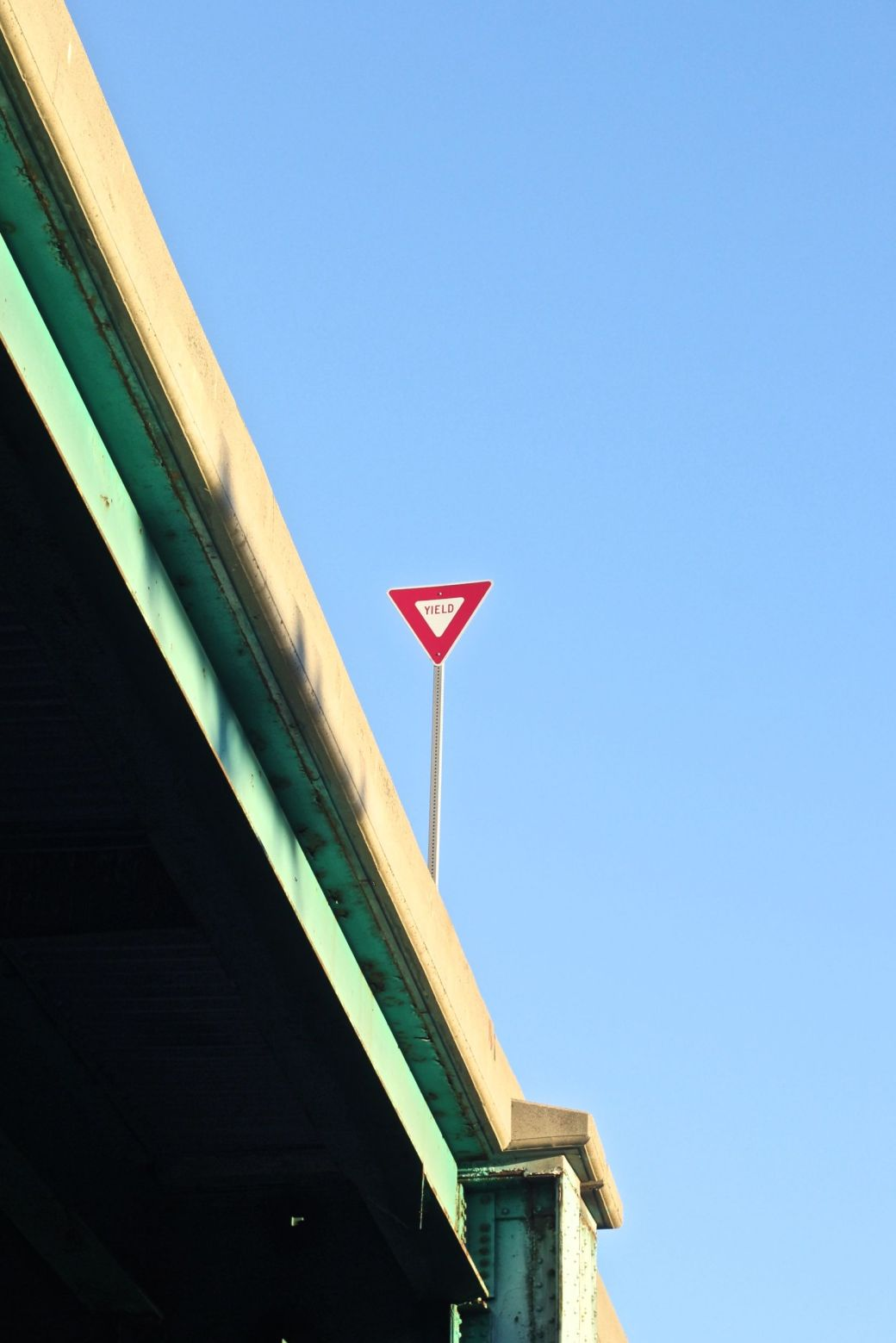 boston dorchester yield sign