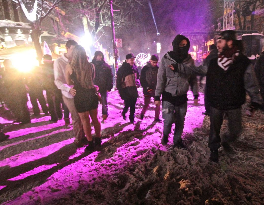 quebec city new years celebration december 31 2015 couple purple light 3