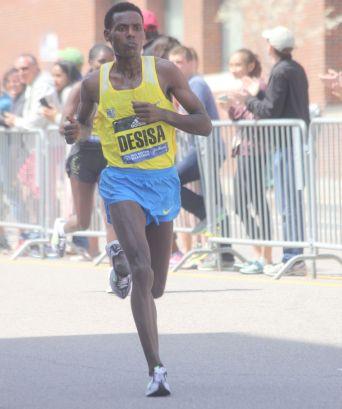 boston marathon april 18 2016 desisa 2