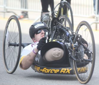 boston marathon april 18 2016 handicapped competitor 3