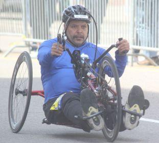 boston marathon april 18 2016 handicapped competitor 5
