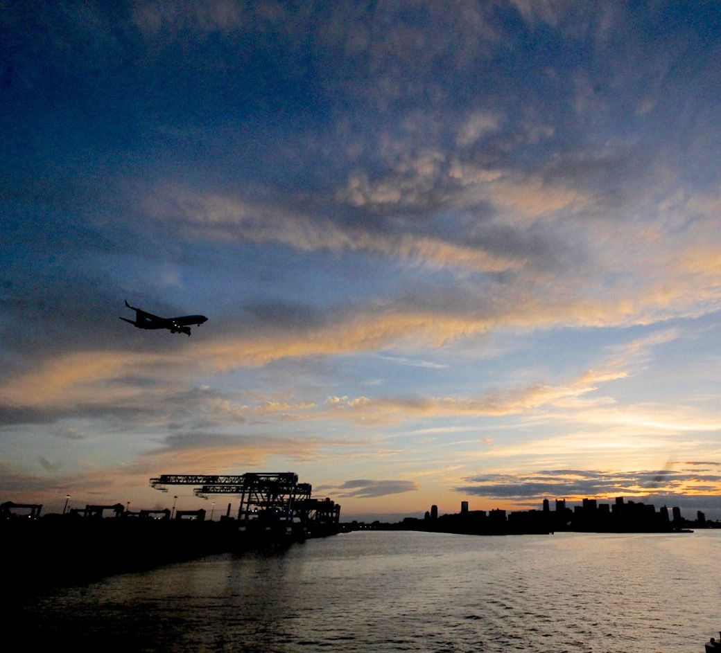 boston boat sunset view airplane