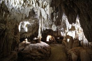 cayman island chrystal caves view 18