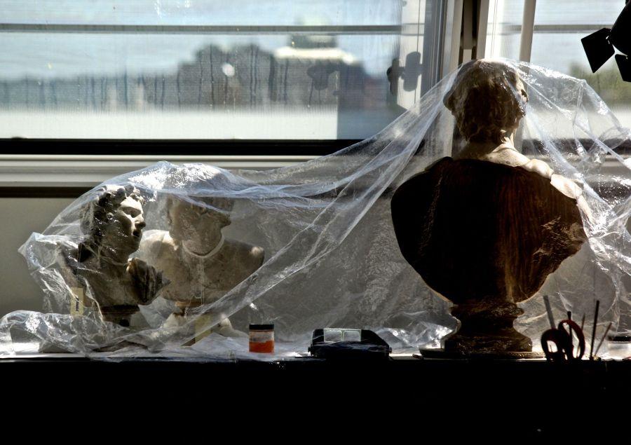 cambridge harvard art museum statues in plastic