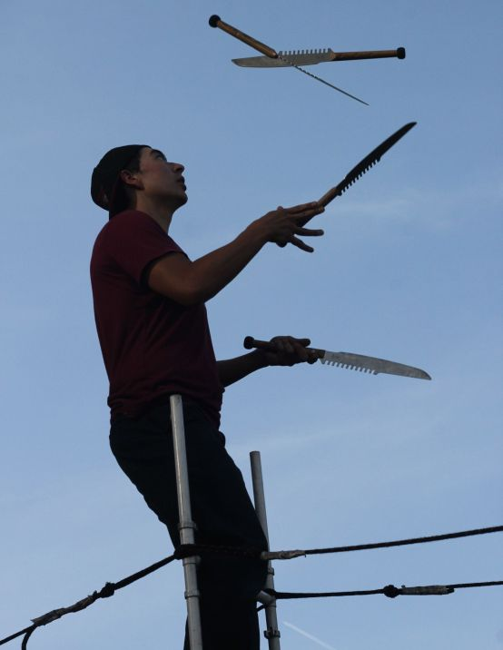 cambridge riverfest street performer 6