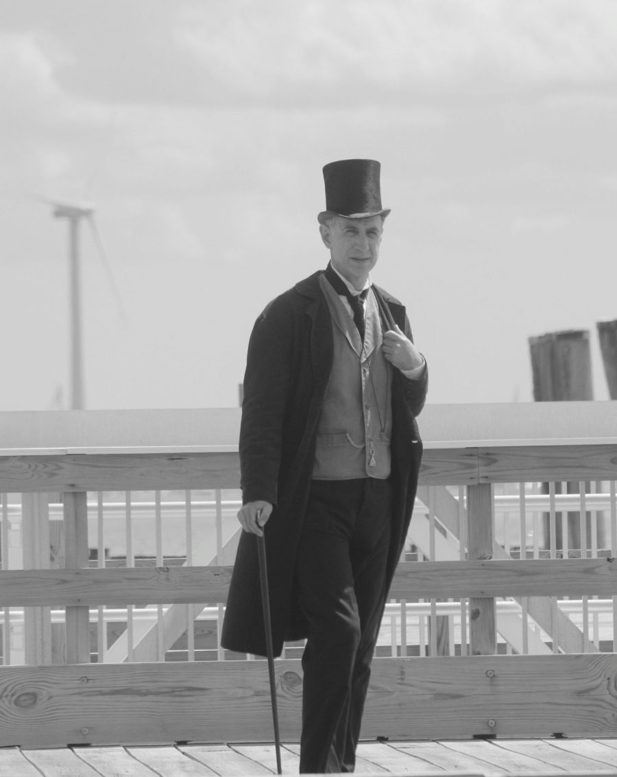 boston georges island man in suit and top hat 3