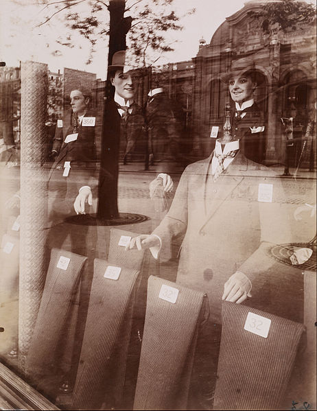 Eugène_Atget_-_Magasin,_Avenue_des_Gobelins_-_Google_Art_Project