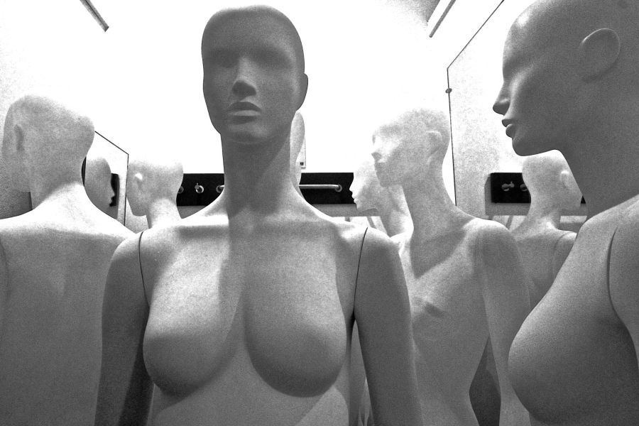boston h&m store downtown crossing mannequins 5