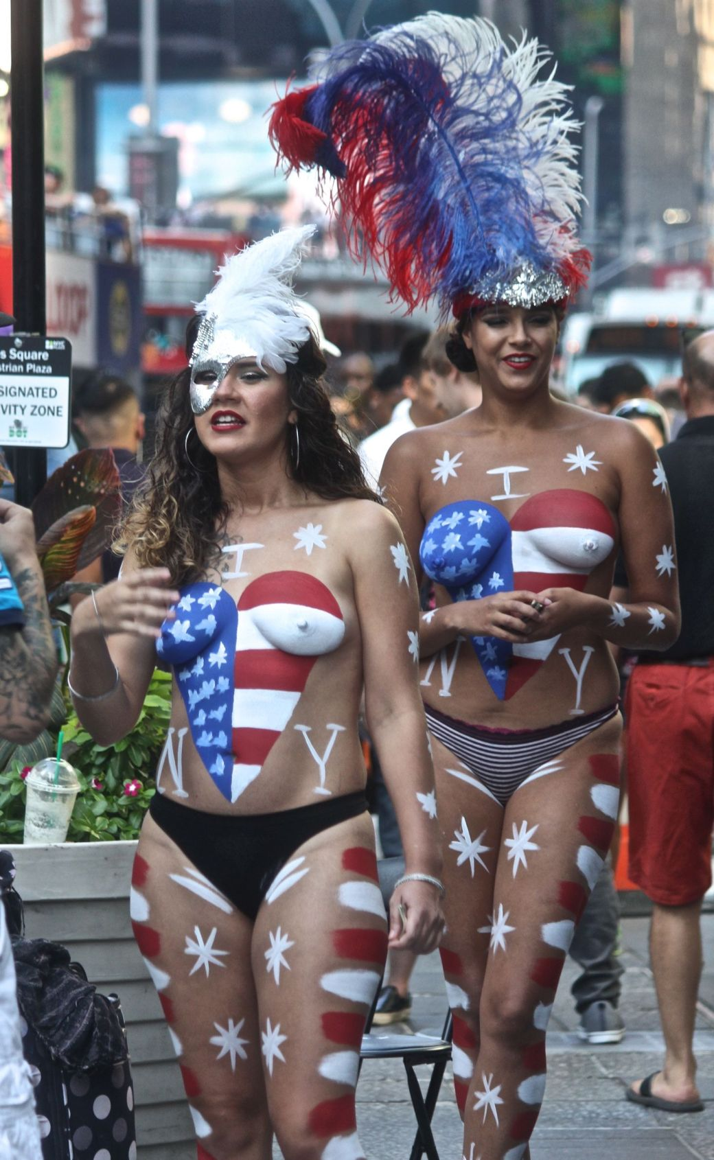 new-york-city-september-4-2016-times-square-naked-women-6