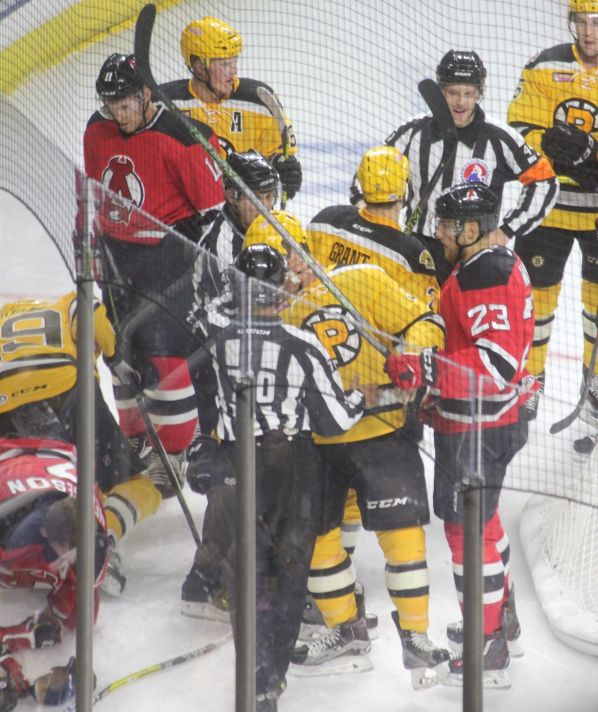 providence-bruins-albany-devils-game-october-14-2016-14