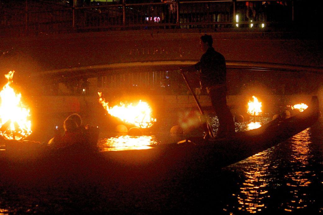 providence-rhode-island-waterfire-festival-october-1-2016-5