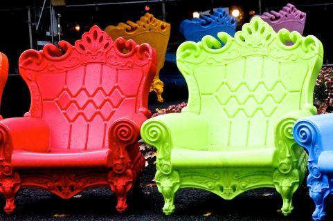 salem-new-hampshire-canobie-lake-park-colorful-seats