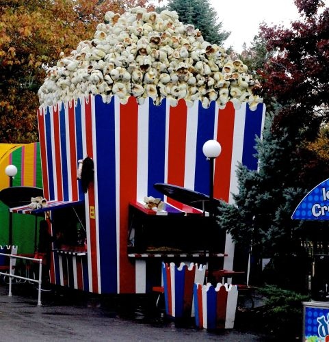 salem-new-hampshire-canobie-lake-park-giant-popcorn