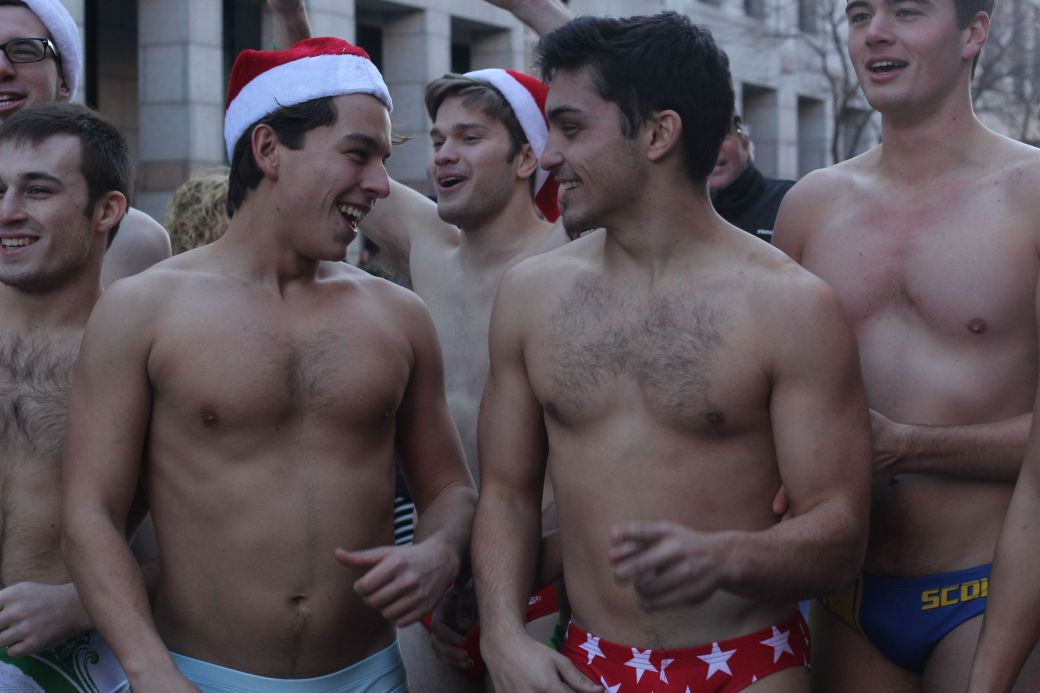 boston-santa-speedo-run-december-10-2016-1