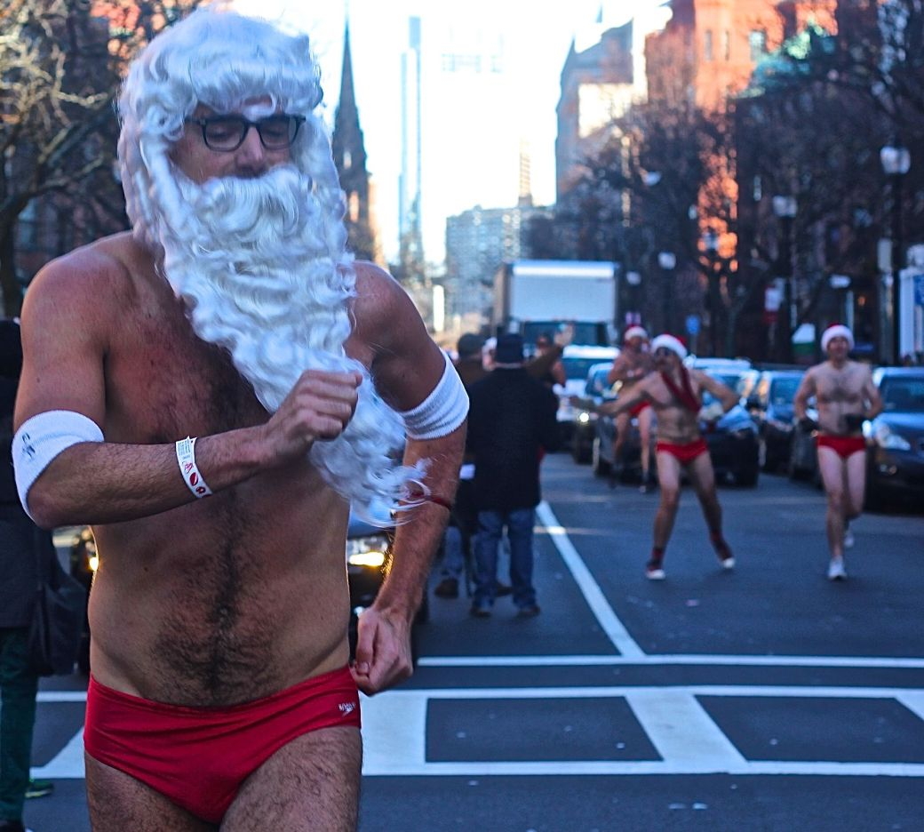 boston-santa-speedo-run-december-10-2016-14