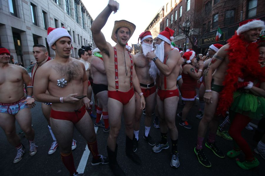 boston-santa-speedo-run-december-10-2016-4