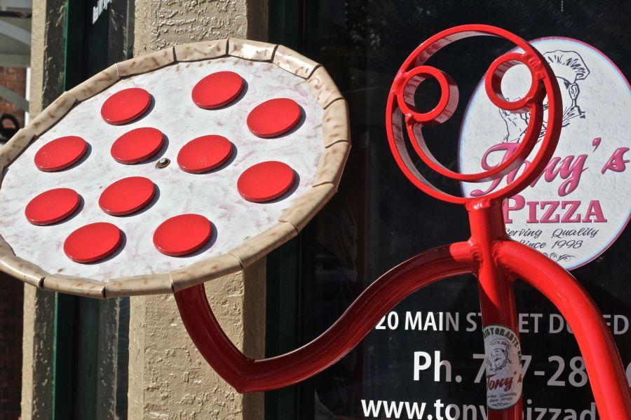 dunedin-pizza-sign