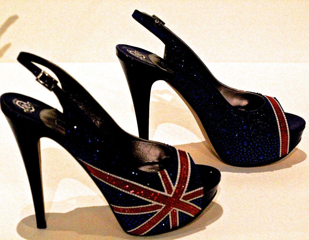 salem-peabody-essex-shoe-exhibit-7