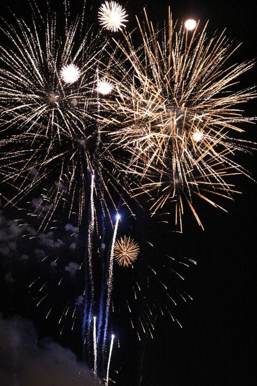 st-petersburg-first-night-fireworks-1