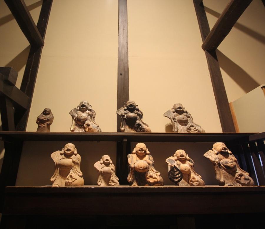 boston childrens museum japanese exhibit buddha wall