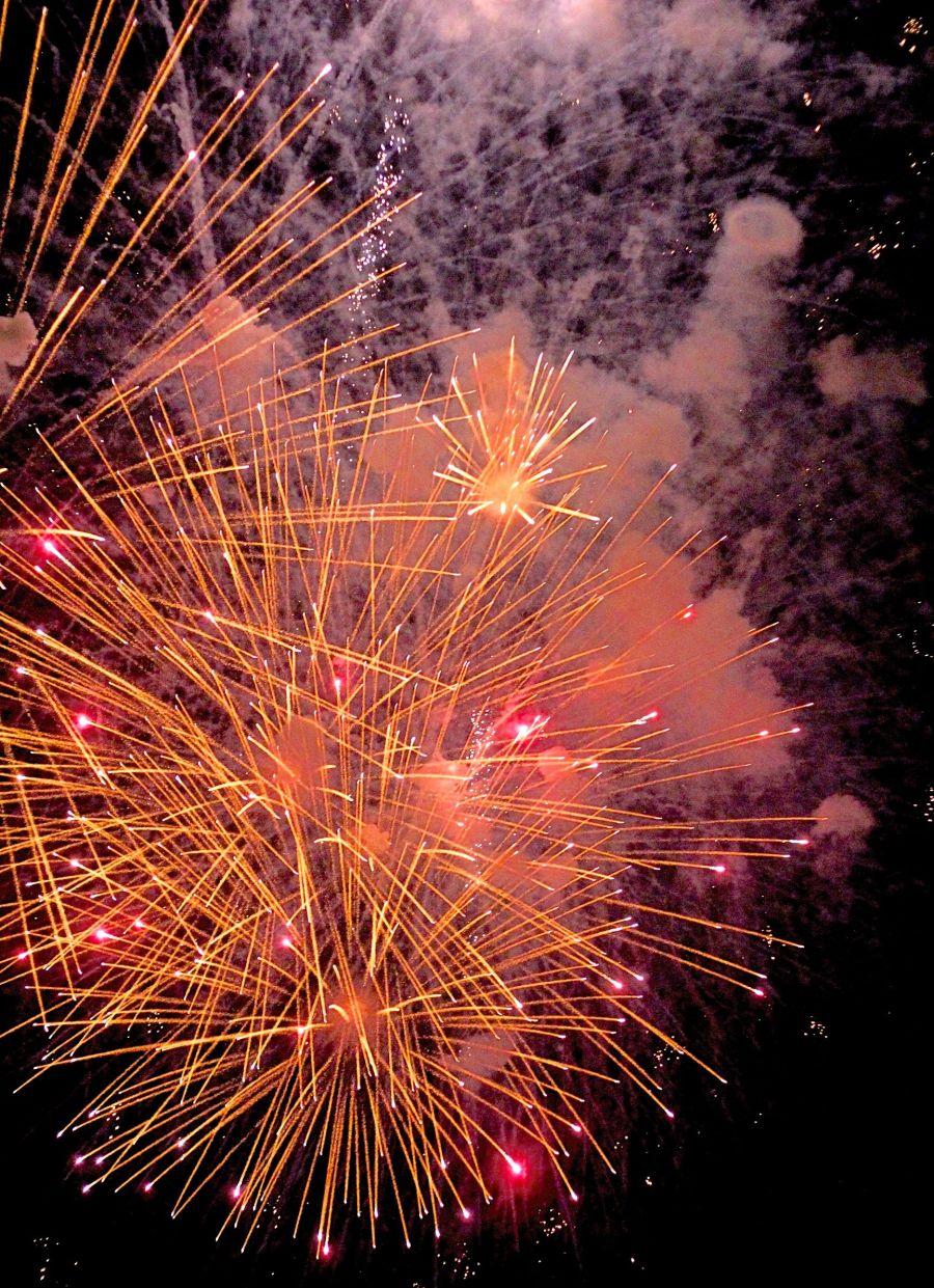 cambridge charles river fireworks 2